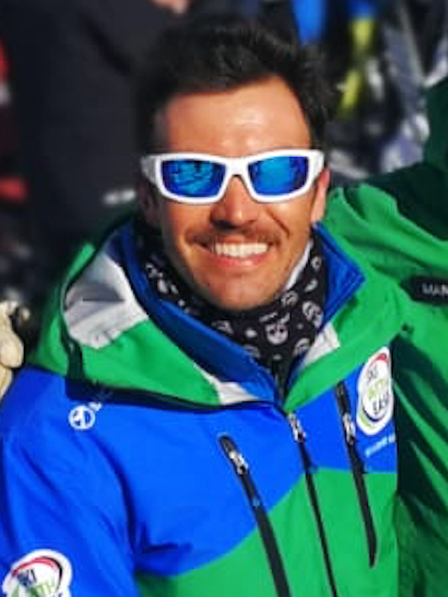 English & Italian speaking ski instructor